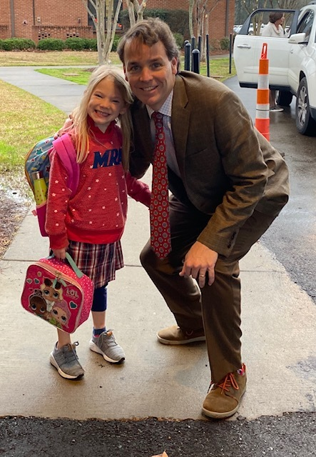 We loved having Middle School Principal Ross Hailey help with Kindergarten Carpool this week!